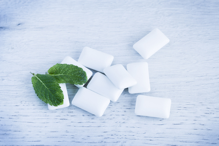 Mint flavored chewing gum candies