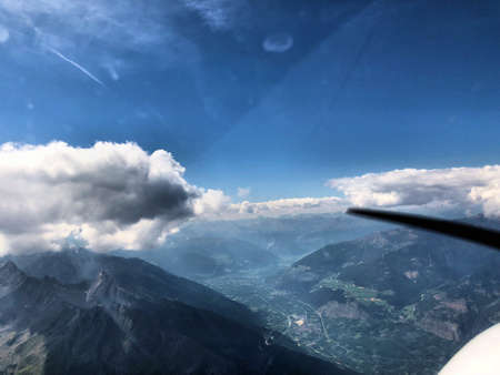 Exploring the majestic alps in Austria with a small plane 29.7.2018