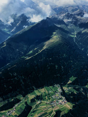 Exploring the mountains in Austria with a small plane 16.8.2016