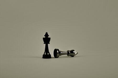 chess pieces background wallpaper Stok Fotoğraf - 125212150