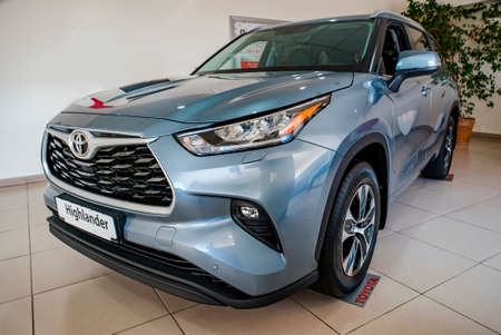 Uzhhorod, Ukraine. January 2021 blue car of the Japanese brand Toyota Highlander. SUV, crossover. Reliable and beautiful car. The car in the cabin. Publikacyjne