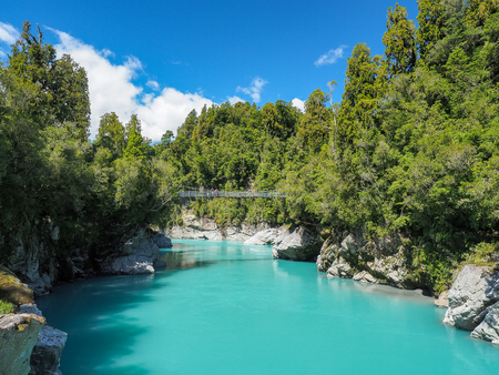 Hokitika Gorge, The vivid turquoise water surrounded by lush native bush. (South Island, NZ) Kho ảnh