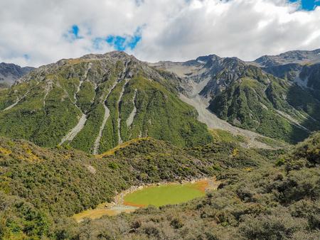 Vogelperspektive von blauem See bei Tasman Glacier Walks in Mt Cook National Park. (Neuseeland)