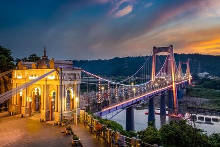 Daxi Bridge at night in Taoyuan City, Taiwan. 版權商用圖片
