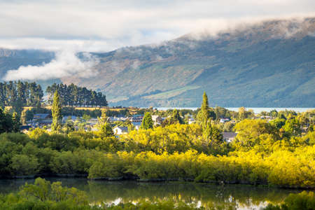 Aerial view of Glenorchy Lagoon Track with town center in the morning in New Zealand. Foto de archivo