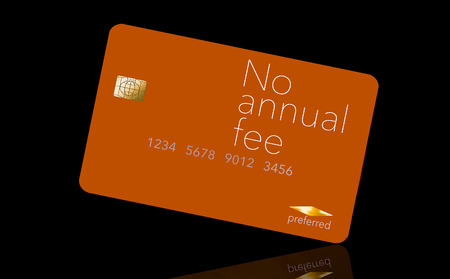 Here is a credit card where the cardholder does not have to pay and annual fee. It says: no annual fee on the card that is isolated on the background. Archivio Fotografico - 112189970
