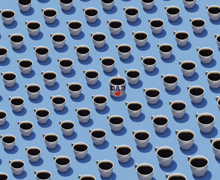 Standing out in a crowd is the theme of this image where identical cups of coffee are in rows but one cup is different from the others. Different, color, spilled, etc. This is an illustration. Фото со стока - 116998201