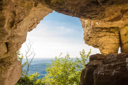 Höhleneingang Standard-Bild