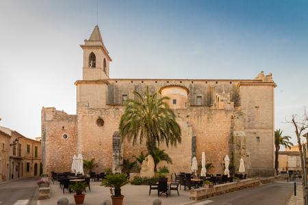 Church Sant Andreu, Santanyi, Majorca Standard-Bild