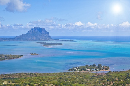 Helicopter flight over the island at Mauritius  Foto de archivo