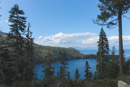Beautiful Lakes and Mountains of Lake Tahoe Stock fotó - 108826211