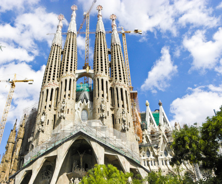 sagrada: the church of barcelona the joys during renovations