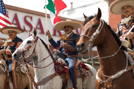 Brownsville, Texas, USA - February 24, 2018, Grand International Parade is part of the Charro Days Fiesta - Fiestas Mexicanas, A bi-national festival between USA and Mexico. 報道画像