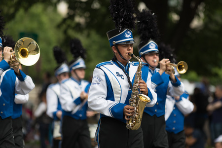 Washington, D.C., USA - May 28, 2018: The National Memorial Day Parade, The Scotland County R-1 from Memphis, Missouri, going down constitution Avenue 写真素材 - 116970681