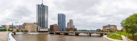 Grand Rapids city skyline, in the state of Michigan, United States, as seen across the Grand River Stock fotó