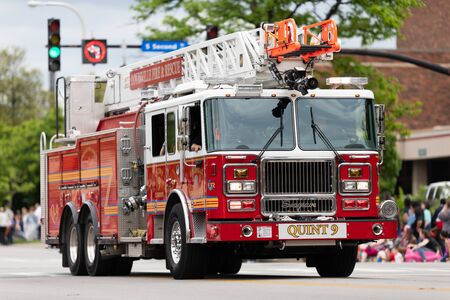 Louisville, Kentucky, USA - May 2, 2019: The Pegasus Parade, Firetruck from the fire and recue from Louisville , driving down the road during the parade Banque d'images - 130078348
