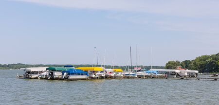 Boats being stored for winter at Cedar Lake, Indiana, USA Imagens