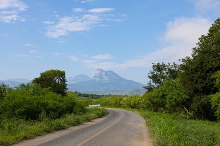 The Sierra Madre Oriental as seen from TAM 30 road, in the Mexican state of Tamaulipas Imagens
