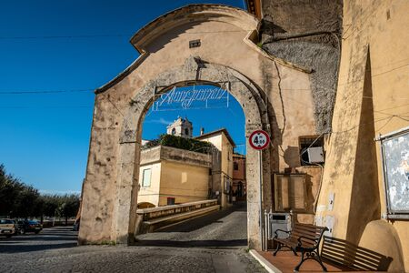 Entrance door to the historic center from Piazza Garibaldi in Montalto di Castro enclosed between the coasts of the Tyrrhenian sea, the waters of the Fiora river and the countryside of the Maremma Latium Redactioneel