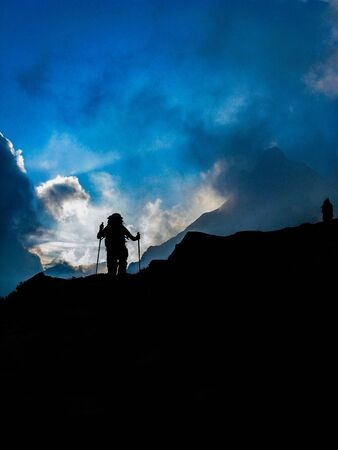 nuove: Wolking in a sunrise of clouds