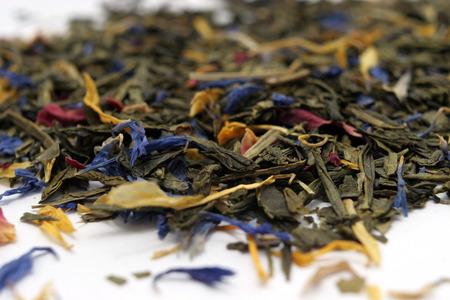 花びら: 花の花びら入り紅茶