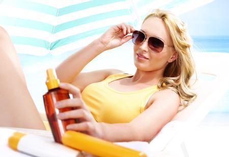 Holiday tan - healthy tanning photo