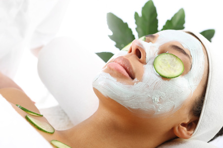 beauty parlor: Relax in the beauty parlor, cucumber mask