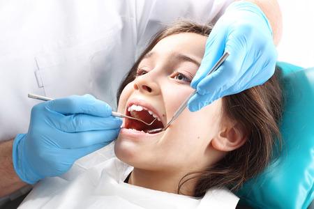 ortodoncia: Selle Fotocure, el niño en el consultorio dental