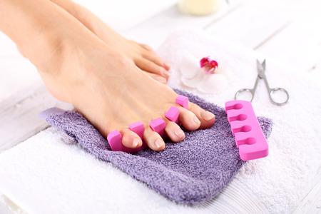 pedicura: Sana, las uñas bien cuidadas, la belleza natural