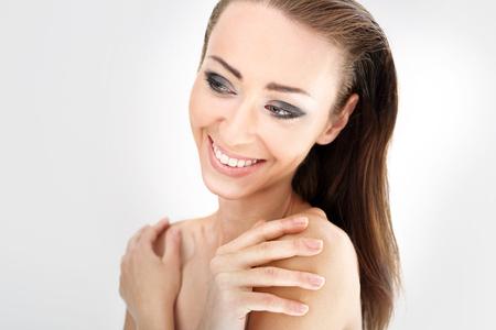 women subtle: Naturally beautiful woman