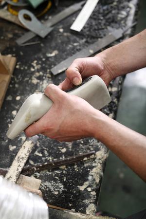 append: Shoemakers workshop, append heels