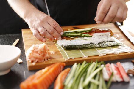 wraps: Sushi.