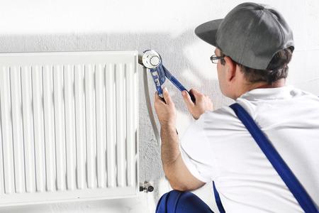maintenance fitter: plumbing services