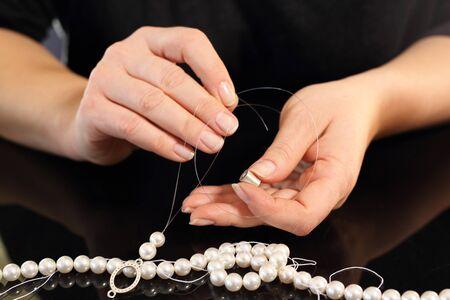 perlas: Femeninos de perlas corales roscados
