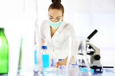 contaminacion del agua: Investigación.