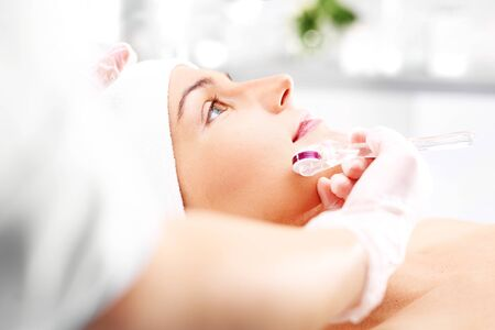 Microneedle Roller mesotherapy in the wellness clinic.