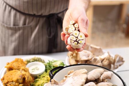 bio medicine: garlic in the kitchen