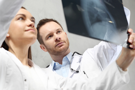Healthy lungs, lung x-ray. Doctors are looking at the patient's x-ray picture.
