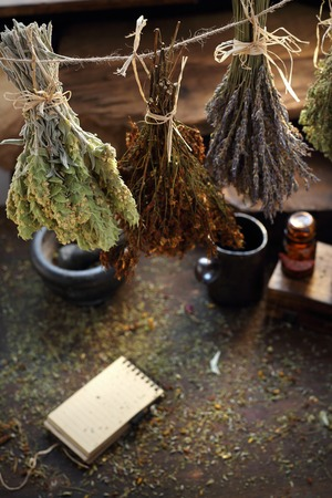 Herbal medicine , alternative medicine, natural herbal methods of treatment