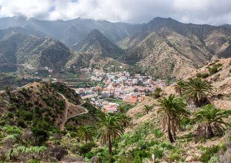 vallehermoso: La Gomera - View to Vallehermoso amidst the mountains. In the background the cloudy Cumbre de Chijere.