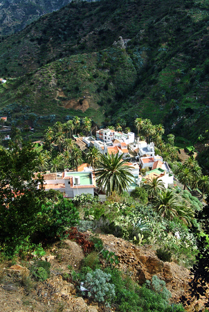 vallehermoso: Depth view at the village Macayo in the upper valley of Vallehermoso in La Gomera, Canary Islands, Spain. Stock Photo