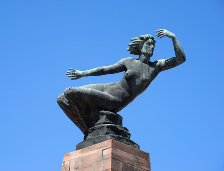 artwork: Bronze figure Venus by David Fahrner - artwork on the marketplace in Freudenstadt, Germany