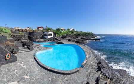 Seawater swimming pool in La Caleta on the island of El Hierro 스톡 콘텐츠