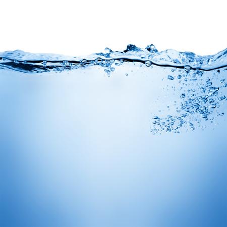 Wasser und Luftblasen über Weiß Standard-Bild