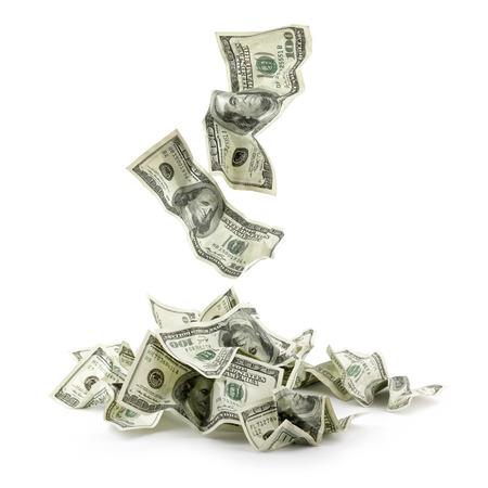 cash money: Montón de billetes arrugados de dinero en dólares overs blanco