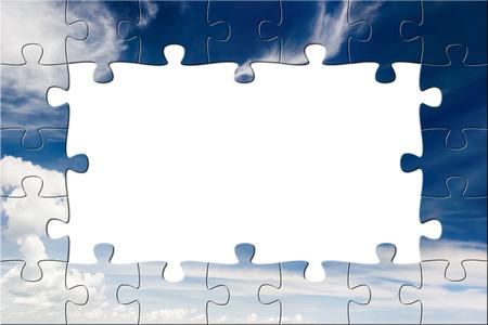 Blauer Himmel und weißen Wolken. Puzzle Hintergrund