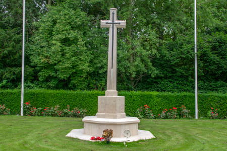 Cross At The Commonwealth War Graves At The Nieuwe Ooster Graveyard At Amsterdam The Netherlands 2019 報道画像
