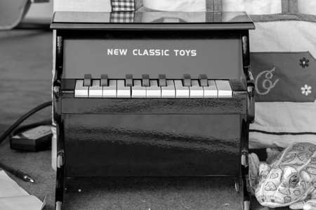 New Classic Toys Mini Piano At Amsterdam The Netherlands 2019 In Black And White Banque d'images - 146064767