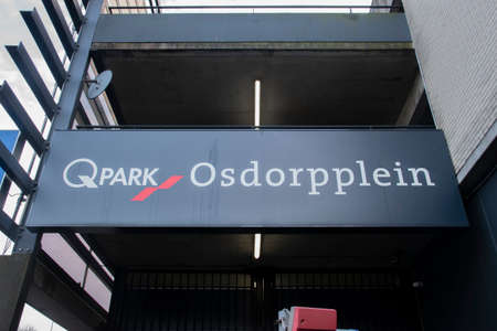 Billboard Qpark Osdorpplein At Amsterdam The Netherlands 2020 報道画像