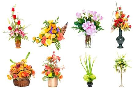 clavel: Collage de varios arreglos de flores de colores como centros de ramos de flores en jarrones y cestas Foto de archivo